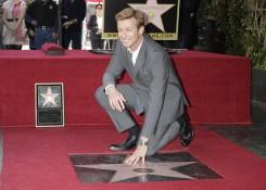 Simonas Bakeris: seksualiausia naujoji Holivudo žvaigždė vėl ekranuose